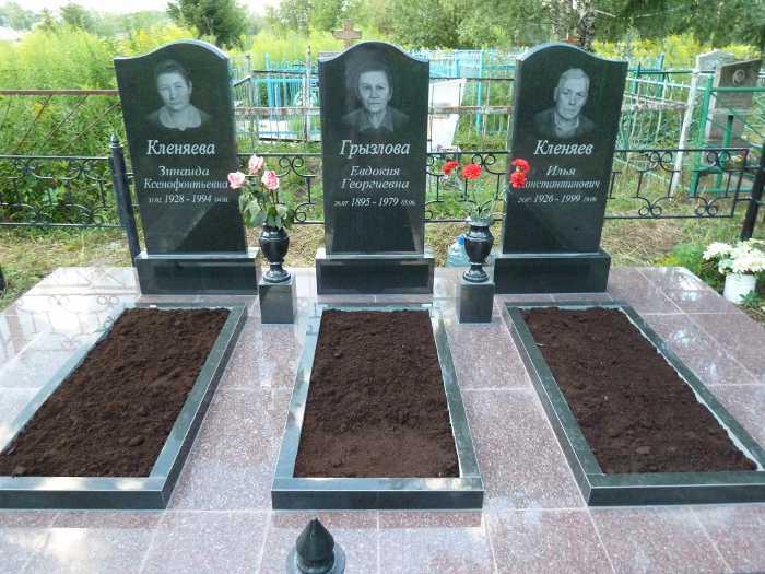 Памятник на могилу тула Мемориальный одиночный комплекс из двух видов гранитов Гвардейск